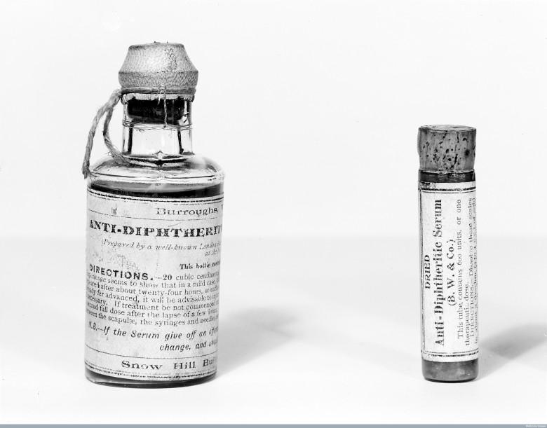 M0013161 Samples of anti-diphteritic serum